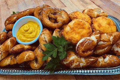 bakery pretzels